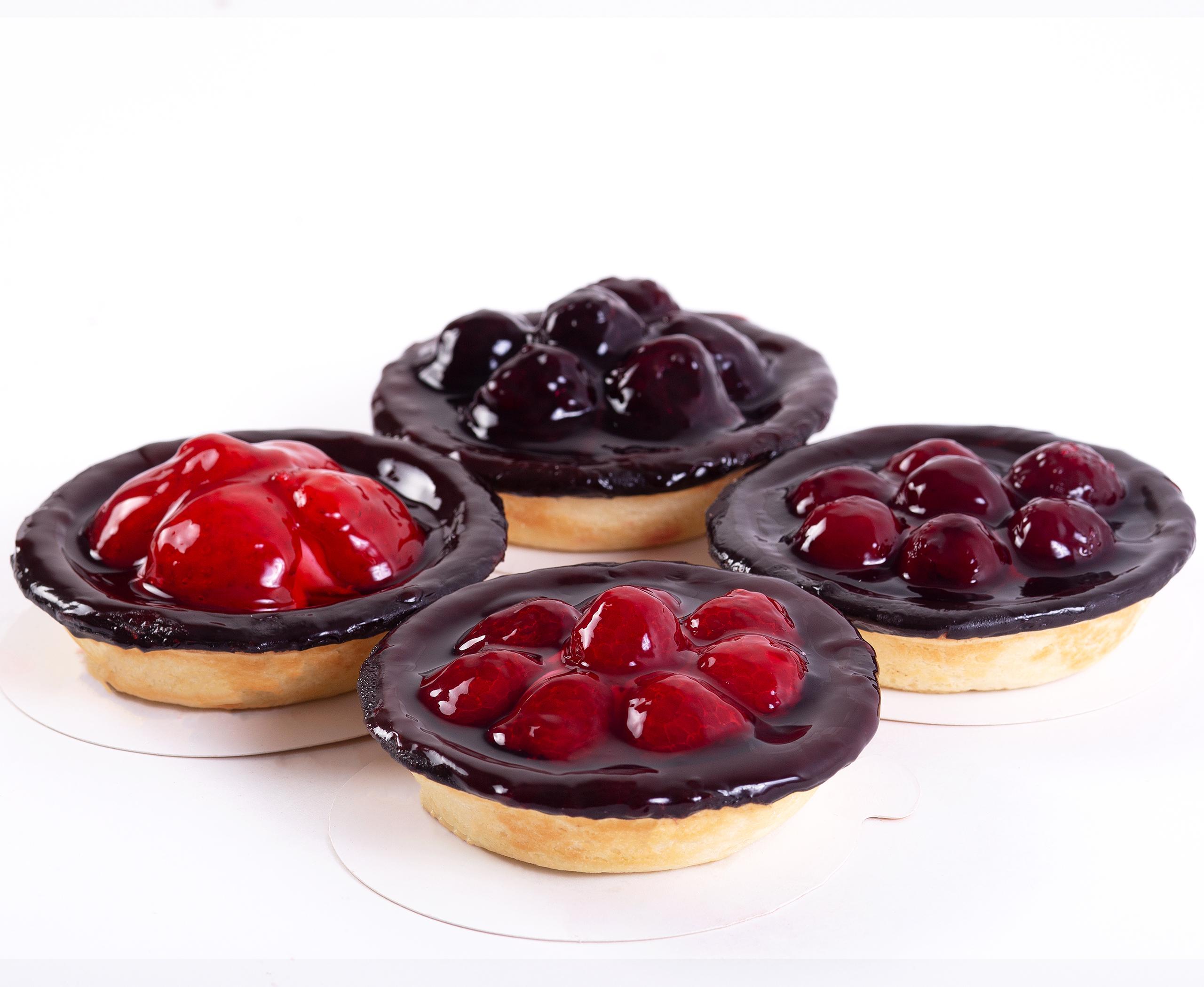 Набор пирожных Ягодные корзинки